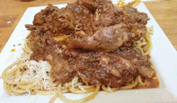 pastitsada with chicken